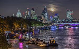 Картинка Великобритания Здания Реки Пристань Корабли HDR Лондон Ночные Города