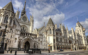 Фото Великобритания Здания Лондоне Дизайн Уличные фонари Royal Courts of Justice
