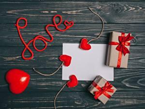 Картинки День святого Валентина Подарки Сердце Доски Шаблон поздравительной открытки