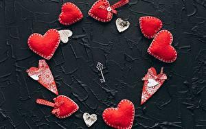 Картинки День всех влюблённых Сердце Красных Ключом