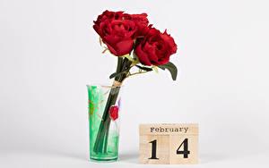 Обои День всех влюблённых Роза Сером фоне Английская Слова Красная Вазе