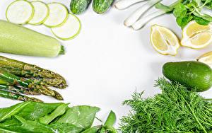Картинки Овощи Авокадо Кабачок Лимоны Укроп Белом фоне Спаржа Еда
