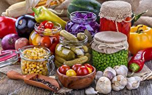 Фотографии Овощи Огурцы Перец Чеснок Банка Пища