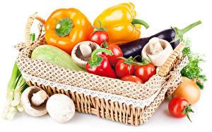Картинка Овощи Перец Томаты Грибы Баклажан Белый фон Корзина Еда