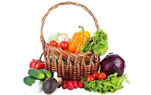 Картинка Овощи Белый фон Корзина Продукты питания