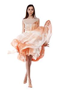 Фотографии Viacheslav Krivonos Модель Поза Платье Белом фоне Взгляд Maria Девушки