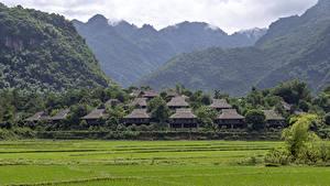 Фотография Вьетнам Дома Гора Поля Деревня Ban Lac Village, Mai Chau Природа