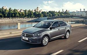 Фотографии Volkswagen Серая Скорость 2020 Polo авто