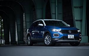 Картинки Volkswagen Синий Металлик 2020 T-Roc машины