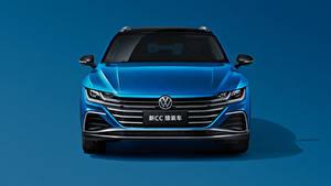 Картинка Фольксваген Синие Металлик Универсал Спереди Цветной фон CC Shooting Brake 380 TSI, China, 2020 автомобиль