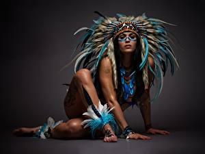 Фото Индейский головной убор Негр Ноги Руки Красивые Девушки