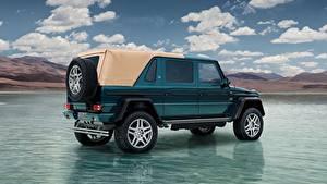 Картинки Вода Mercedes-Benz Майбах Гелентваген Сбоку SUV Maybach G 650, Landaulet, 2017 авто