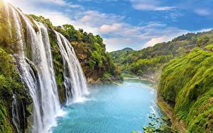 Обои Водопады Пейзаж Речка Утес Природа