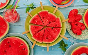 Картинки Арбузы Дизайна Сердце Тарелка Кусочки Продукты питания