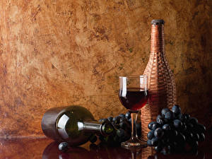 Фотография Вино Виноград Бутылка Бокалы Пища
