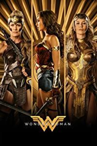 Картинки Чудо-женщина (фильм) Чудо-женщина герой Воины Втроем Diana, Hippolyta, Connie Nielsen, Robin Wright Кино Девушки Знаменитости