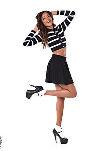 Картинка iStripper Naomi Victoria Белым фоном Шатенка Поза Улыбается Руки Юбки Ноги Туфли девушка