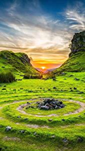 Фотографии Пейзаж Рассвет и закат Небо Камни Траве Окружность Природа