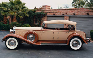 Фотографии Chrysler Старинные Сбоку 1930 Chrysler 77