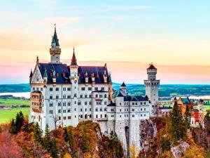 Фотография Нойшванштайн Осень Германия Замки Бавария Скала