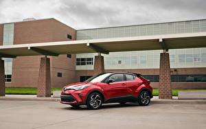 Фотографии Toyota Кроссовер Красных Металлик C-HR, North America, 2019 машины