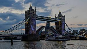 Картинка Англия Речка Мосты Вечер Корабли Лондон Города