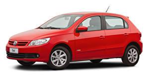 Фотография Фольксваген Красный Металлик Белым фоном Gol Trend (V), 2008–12 авто