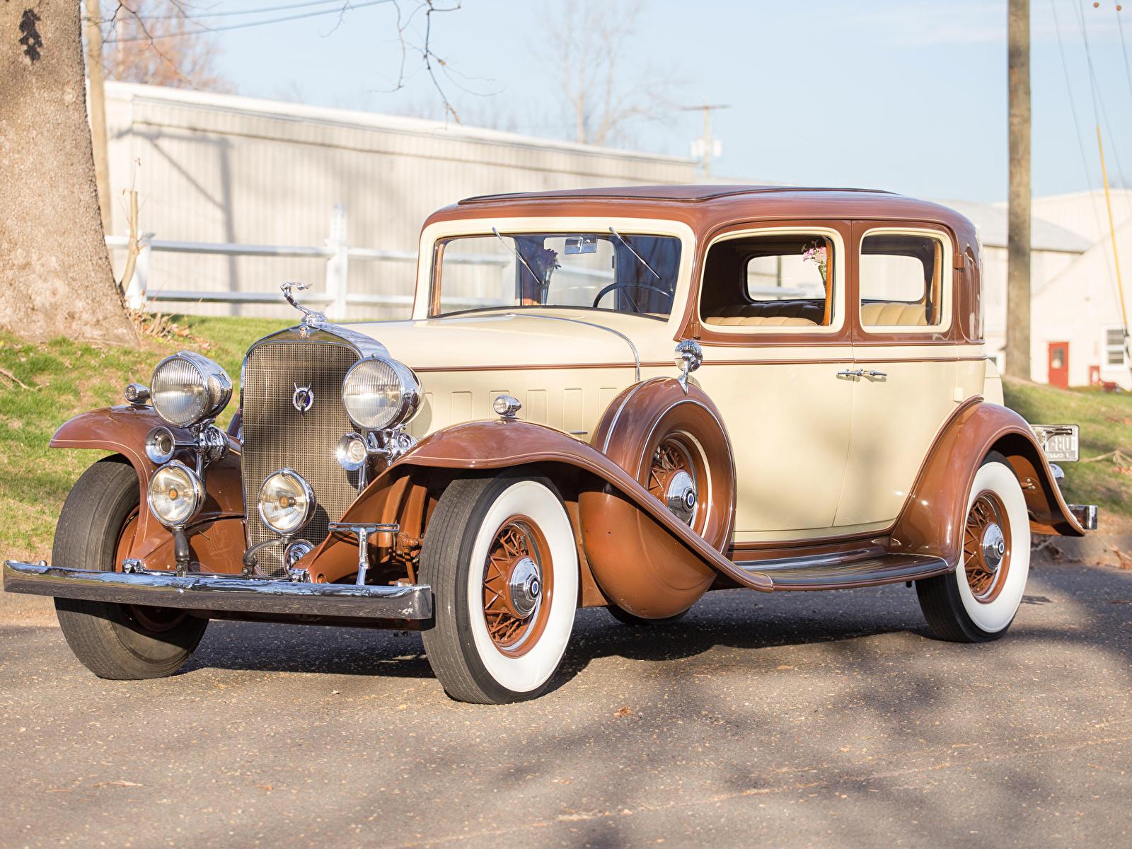 Фото Кадиллак 1932 V12 370-B Town Sedan by Fisher авто 1600x1200 Cadillac машина машины Автомобили автомобиль