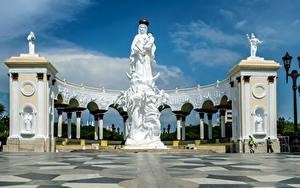 Фото Венесуэла Ангелы Памятники Monument Of The Virgin, Maracaibo город