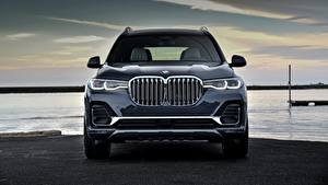 Фотографии BMW Кроссовер Металлик Спереди X7, G07