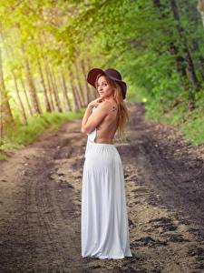 Обои Лес Дороги Позирует Платья Шляпы