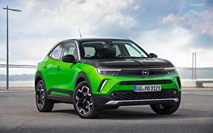 Картинка Opel Кроссовер Металлик Mokka-e, 2020 машины
