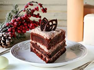 Картинки Пирожное Сладости Торты Тарелке Кусочек Еда
