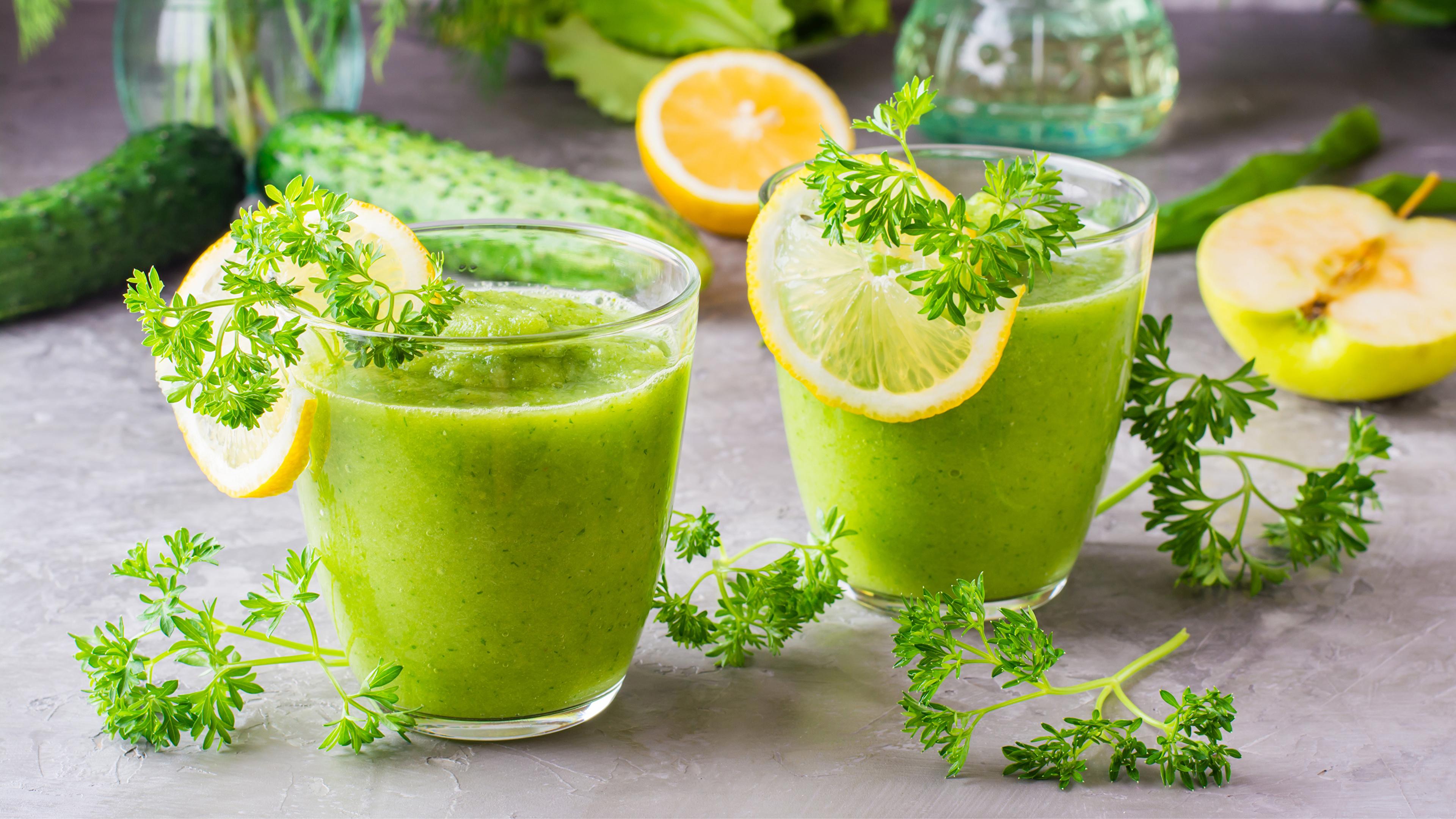 Фото Смузи 2 Лимоны стакане Пища Овощи 3840x2160 две два Двое вдвоем Стакан стакана Еда Продукты питания