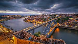 Фотография Португалия Порту Реки Мосты Дома Вечер Города