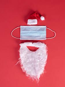 Картинка Новый год Коронавирус Маски Креатив Красный фон Санта-Клаус В шапке Бородой