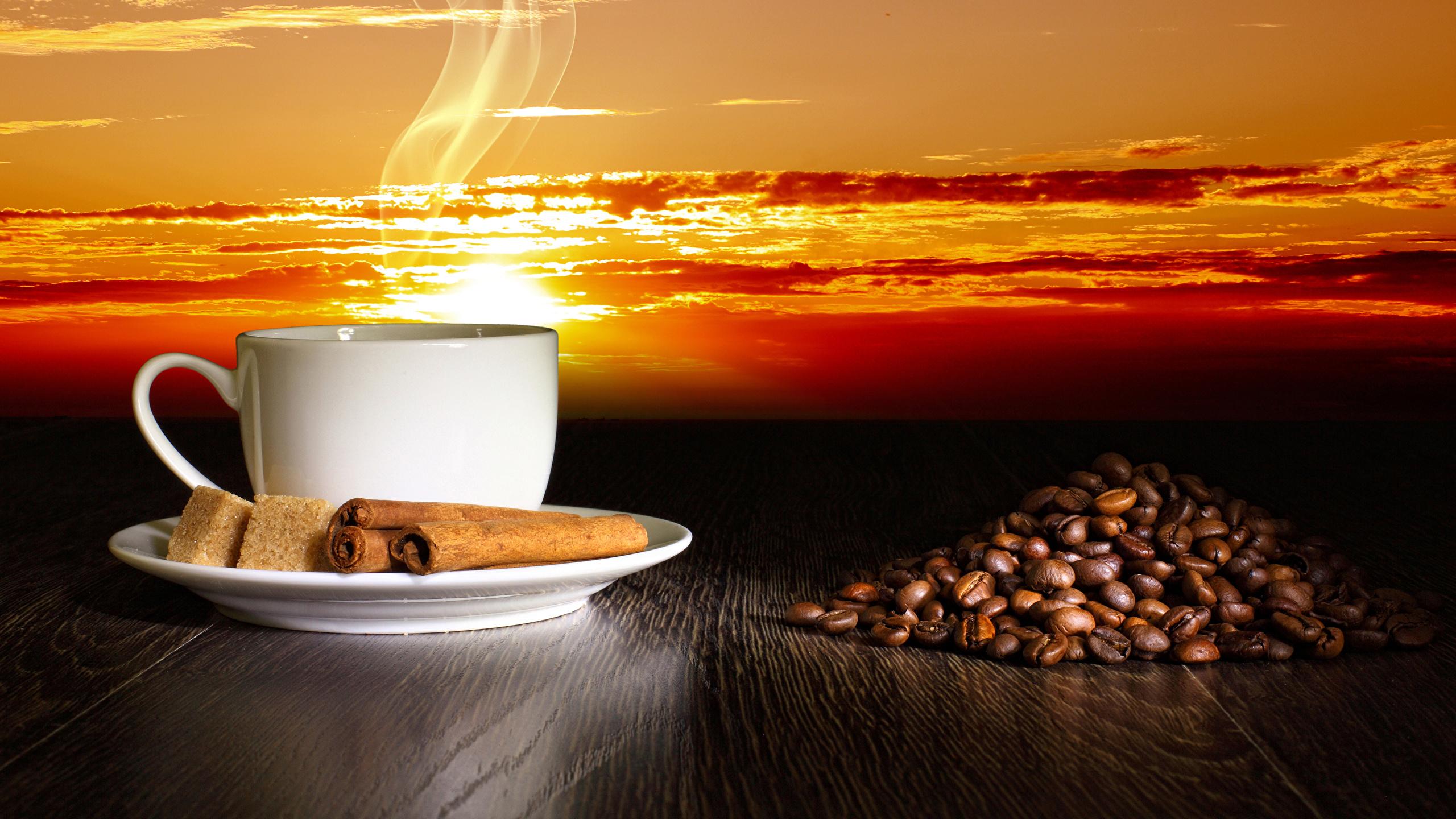 Картинка Кофе Сахар Зерна Корица Пар Чашка Продукты питания 2560x1440 сахара зерно Еда Пища пары паром чашке