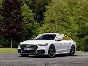 Картинки Audi Белая Металлик S7 Sportback, 2019 Автомобили