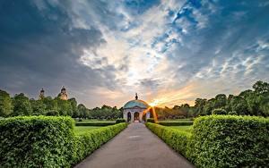 Фотографии Мюнхен Германия Парки Рассветы и закаты Тропы Кустов Дизайна English garden Города