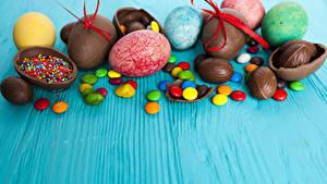 Фото Пасха Сладкая еда Шоколад Конфеты Яйцами