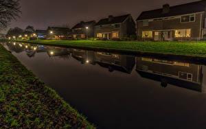 Обои Голландия Здания Вечер Водный канал Улица Уличные фонари Groningen город