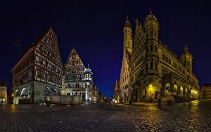 Картинка Германия Здания Дороги Бавария Улица Ночные Rothenburg Города