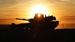 Картинка Танки Абрамс М1 Силуэт Лучи света M1A2 Армия