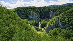 Фото Хорватия Парк Лес Водопады Скала Plitvice Lakes National Park Природа