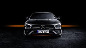 Картинка Мерседес бенц Спереди CLA AMG Line 2019 Edition Orange Art Авто