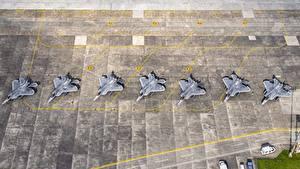 Фото Самолеты Истребители Япония Сверху USAF F-22 Raptor Yokota AB Авиация