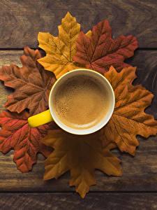 Обои Осенние Кофе Доски Листва Чашка