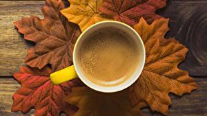 Обои Осенние Кофе Доски Листья Чашке Пища