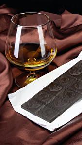 Картинка Алкогольные напитки Шоколад Рюмка Еда