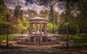 Фотография Германия Парки Скульптура HDRI Уличные фонари Деревья Колонна Kurpark Bad Homburg Природа